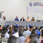 Con inicio de gira estatal se escucha en Cuauhtémoc exigencia de extradición de César Duarte