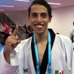 Pierde Carlos Navarro ante coreano Jeong y se queda con el bronce