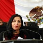 Llama Diana Karina Velázquez a unir esfuerzos a favor de la lectura