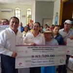 PROSPERA y SEDESOL entregan más de medio millón de pesos en apoyos