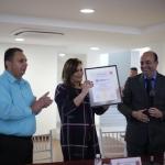Un orgullo recibir la certificación